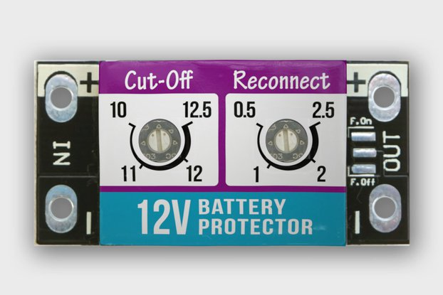 15A LOW VOLTAGE BATTERY PROTECTOR / CUT-OFF