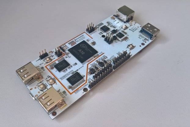 PCDuino - Mini PC Development Board