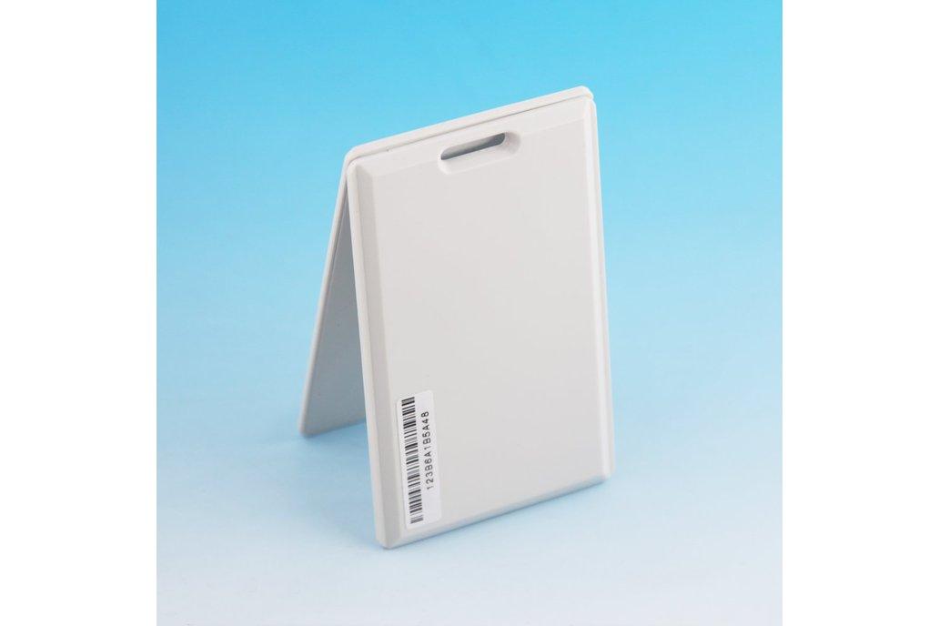 Ultra thin Card Beacon with iBeacon &amp 1