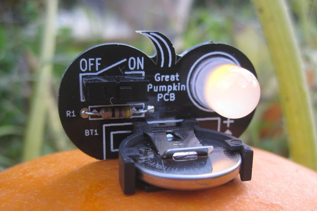 Pumpkin soldering kit