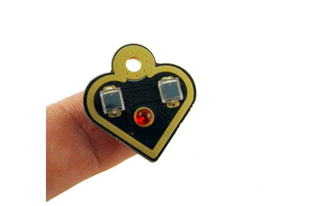 NEW Solar powered flashing LED heart earrings 1