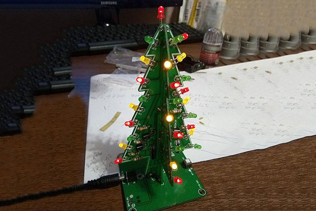 DIY Flashing LED Christmas Tree Circuit Kit(7212)