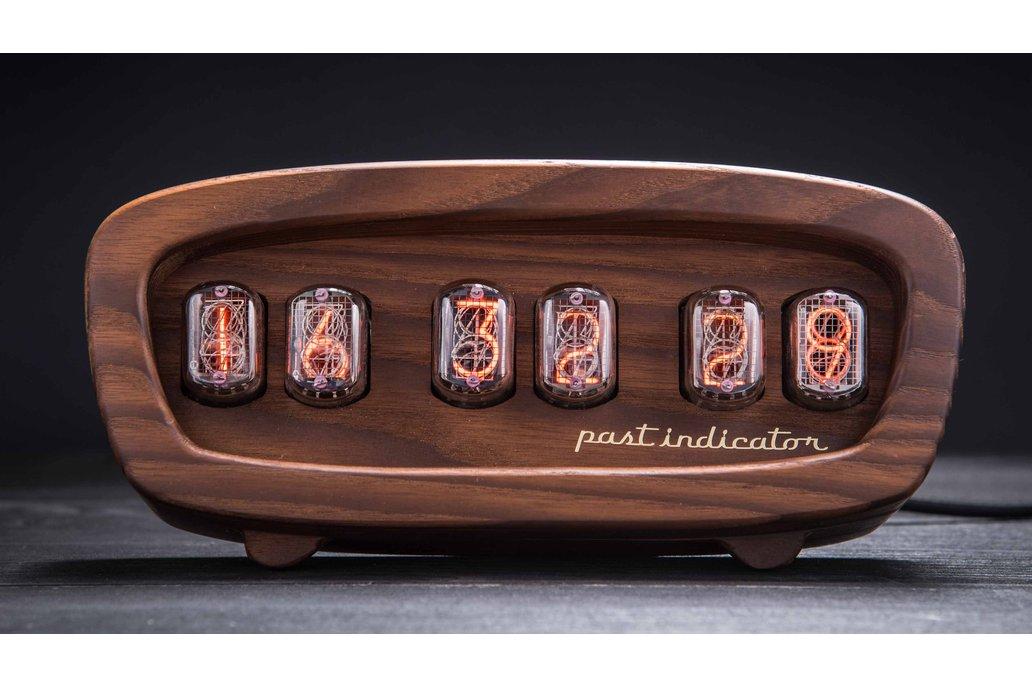 Sputnik-1 oak Nixie clock 1
