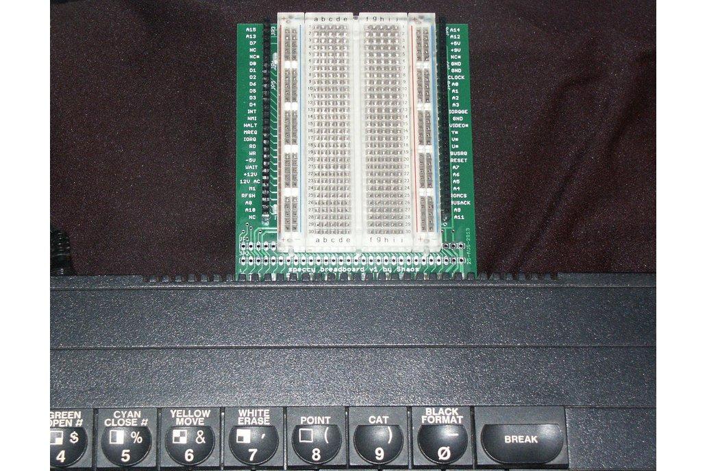 ZX speccy breadboard 4