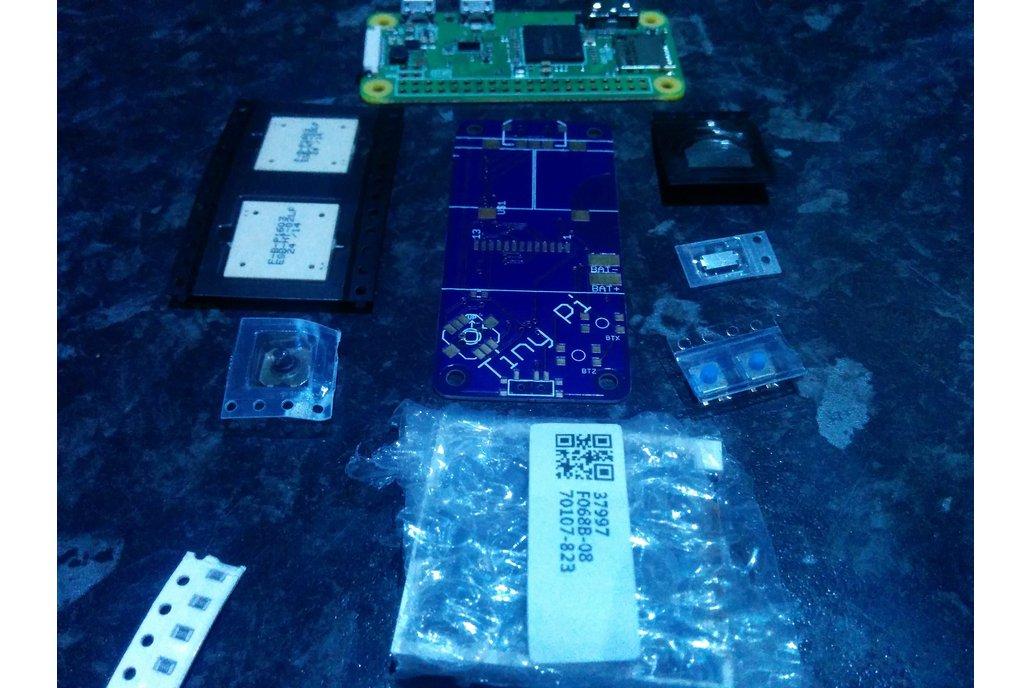 TinyPi - A Tiny Pi Based Gaming Device 3