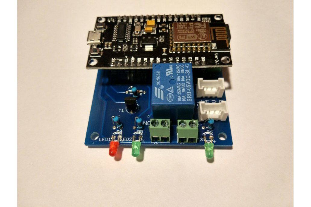NodeMcu ESp8266 with Grove and Relay extension 1
