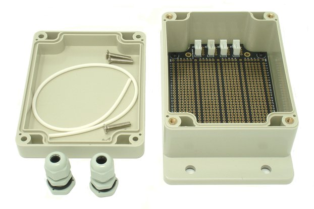 IP65 115mm x 90mm x 55mm Enclosure & Breadboard