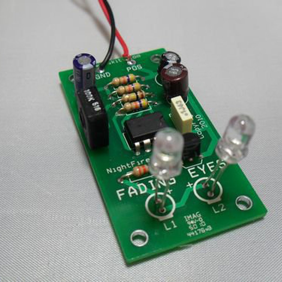 Fading Eyes Led Kit 1642 From Nightfire Electronics Llc On Tindie Making A Stripboard Circuit Building And Soldering Flasher