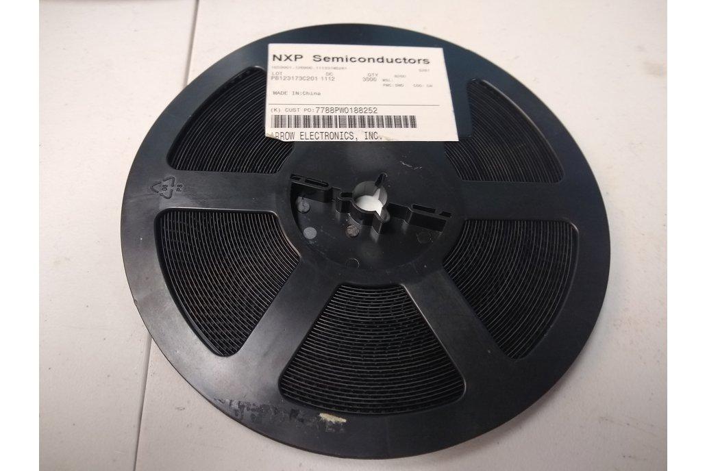 Reel of 3000 PMBT4401215 NPN BJT Transistors (NXP) 1