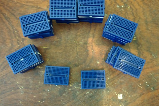 lot 30 mini blue 170p breadboard - overstock