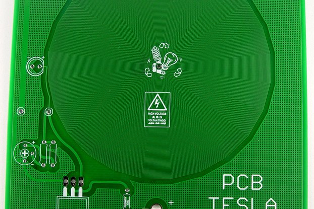 PCB etched TESLA coil, non working, use as saucer