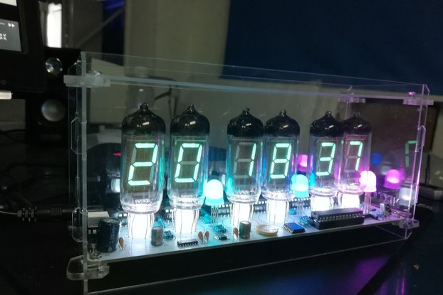NIXT CLOCK - With Tube and Case IV-11 VFD CLOCK