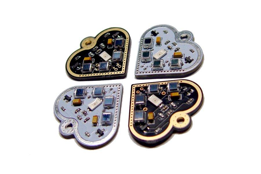 Solar-powered flashing LED heart pendant