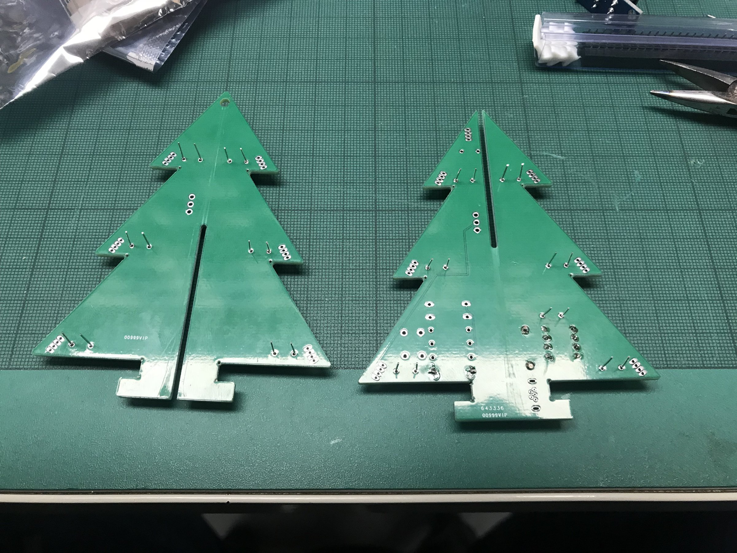 USB Powered RGB LED Christmas Tree From High Voltage Fun