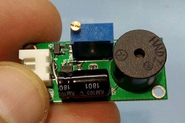 LBA v1.00 Low Battery Alarm module