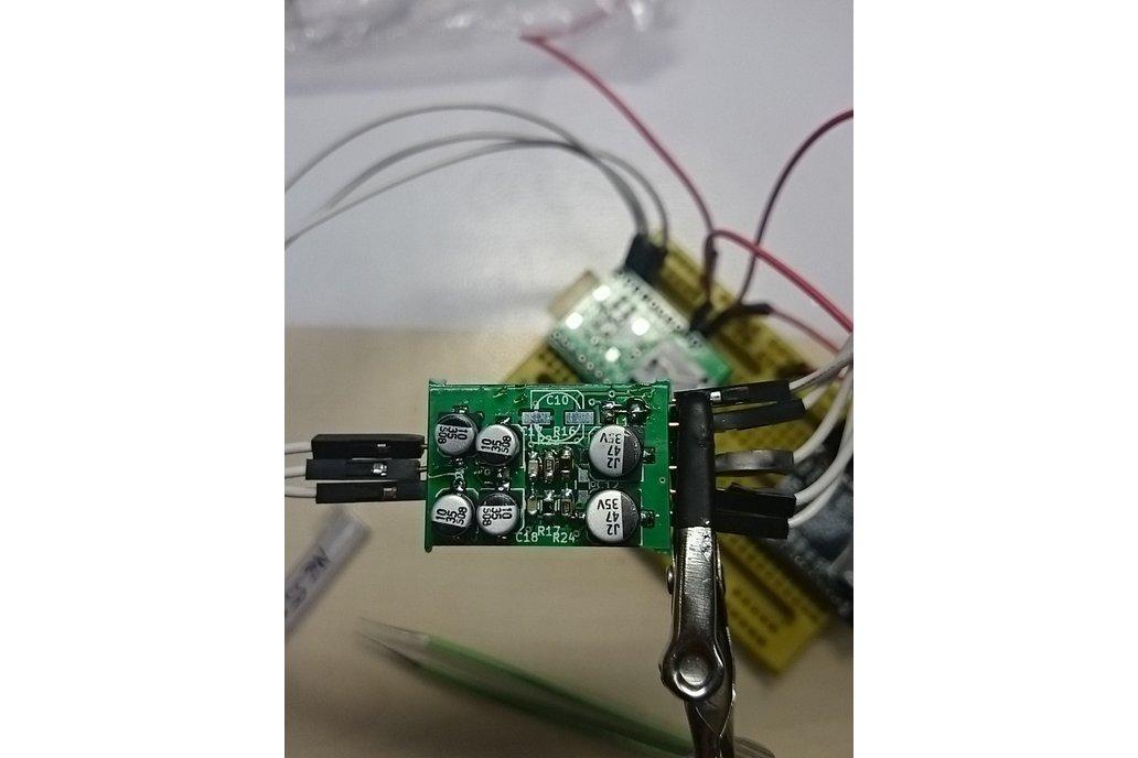 Single voltage diferential audio preamplifier 3