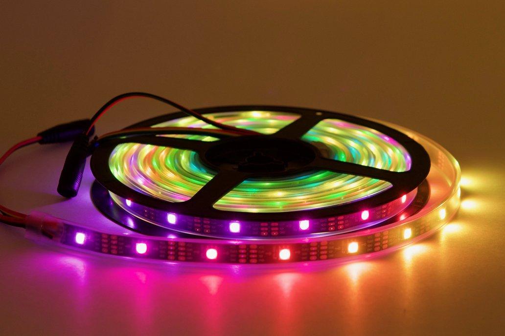 5 meter spool of 30/m SK9822 (APA102) RGB LEDs 1