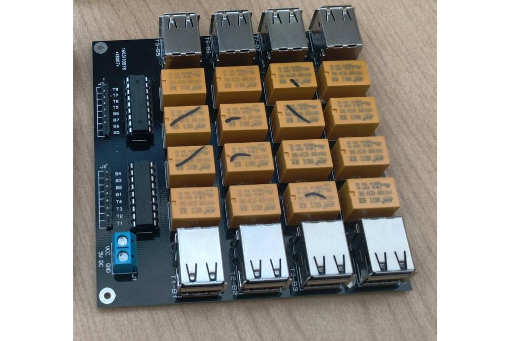 5V USB HUB Switched PDU 16 Port 1