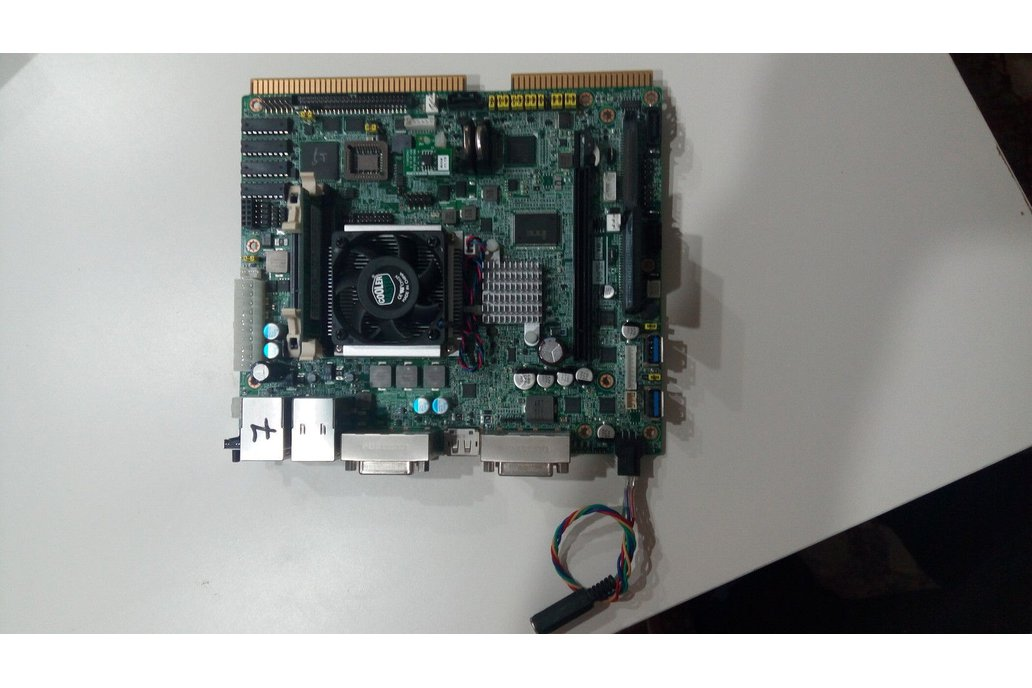 ADVANTECH  DPX®-S430 mini-ITX set 1