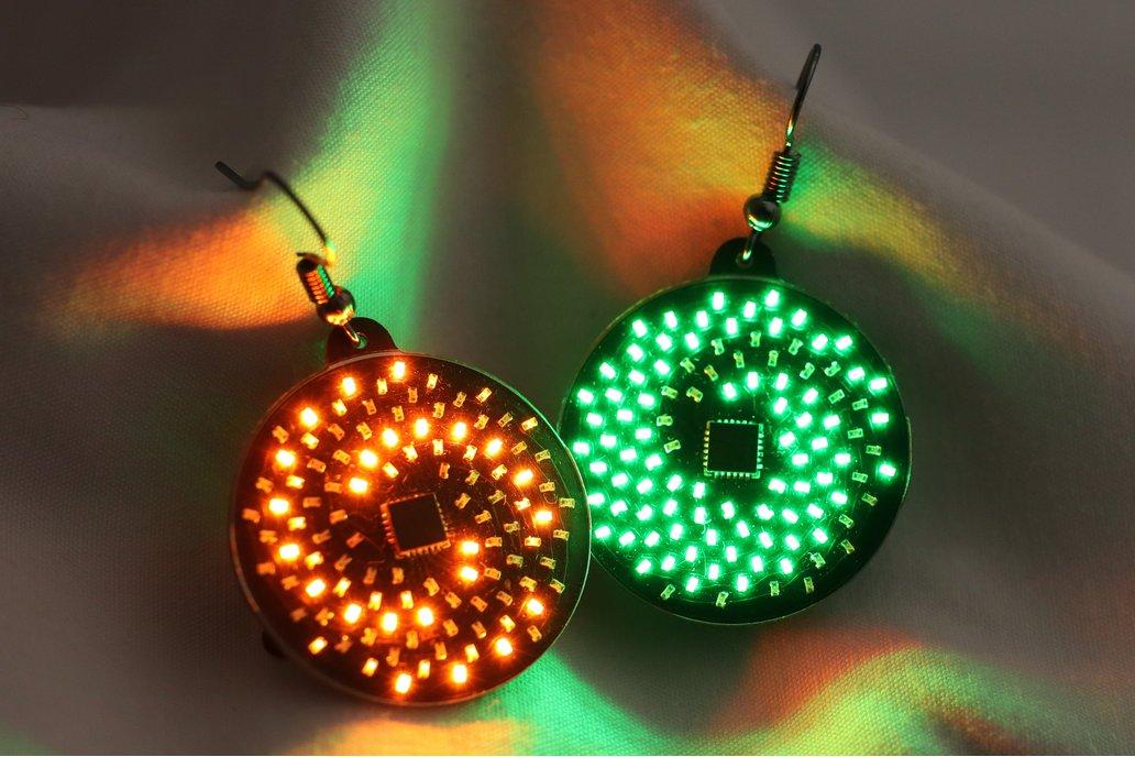 Fibonacci - 104 LEDs Earrings, Animated Spirals 1