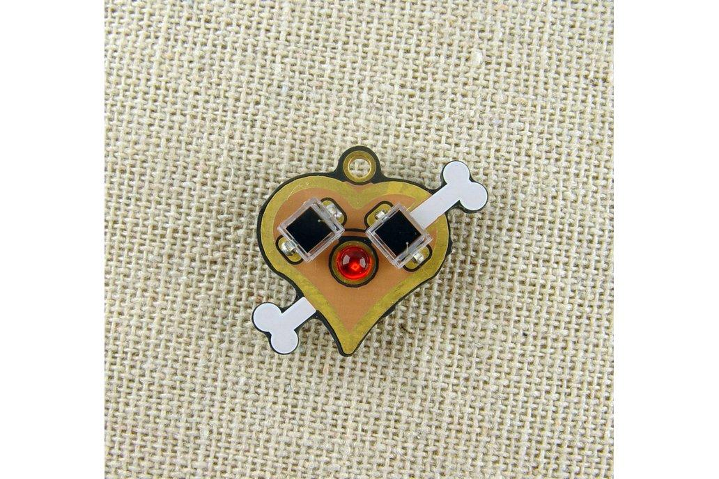 Solar powered flashing LED heart pendant, earrings 1