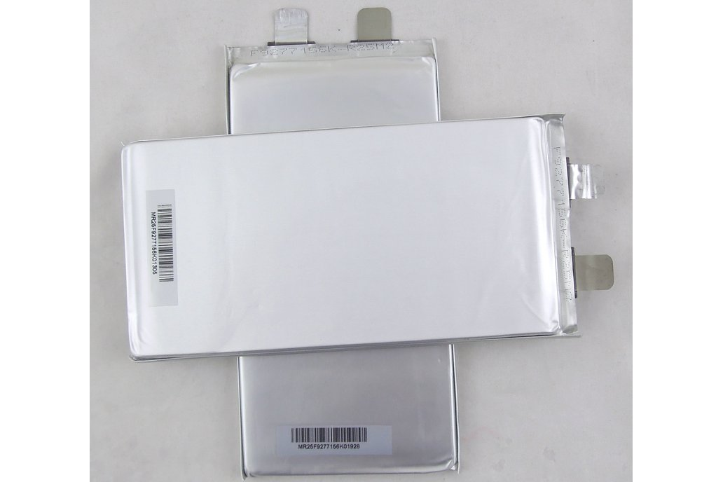 New Battery LiFePO4  3.2V 10Ah High energy density 2