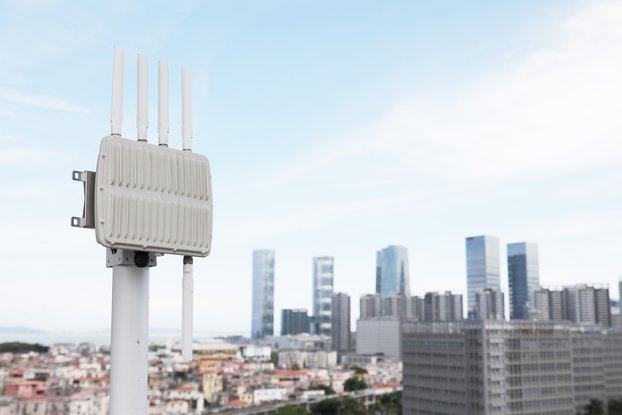 8/16 Channel Outdoor LoRaWAN IoT Gateway