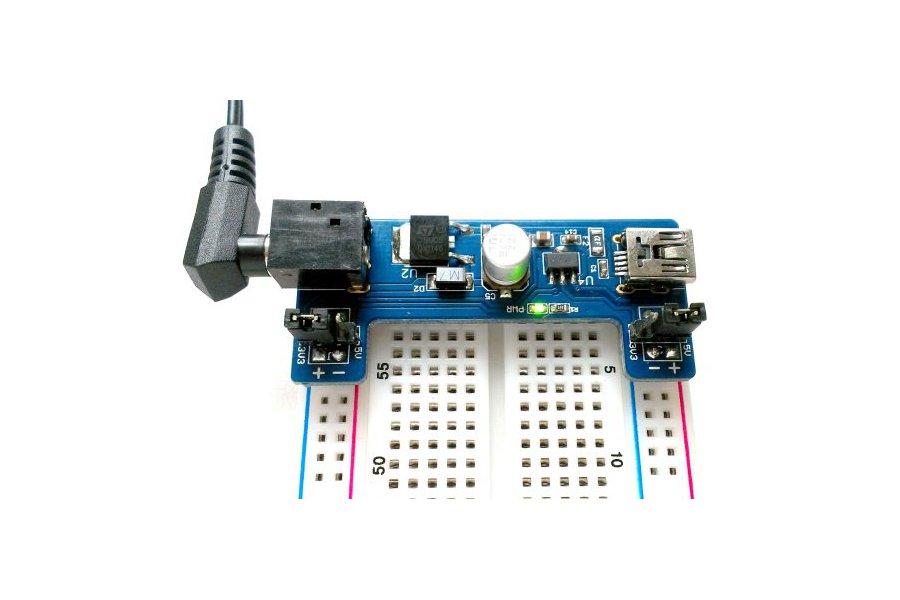 Dual output (5.0V/3.3V) breadboard power supply