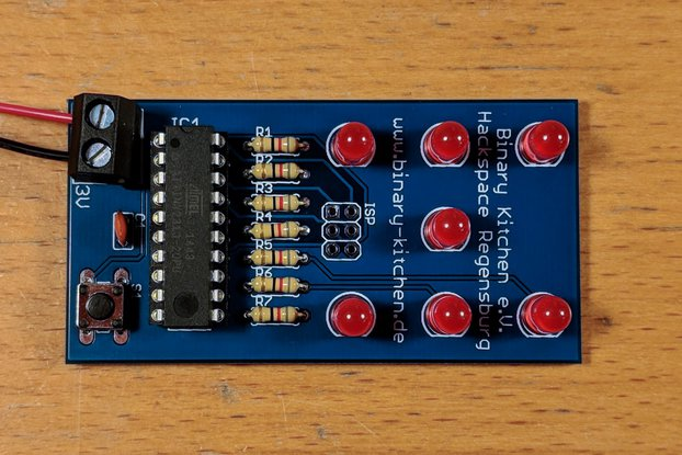 Dice with Microcontroller - A Simple Solder Kit