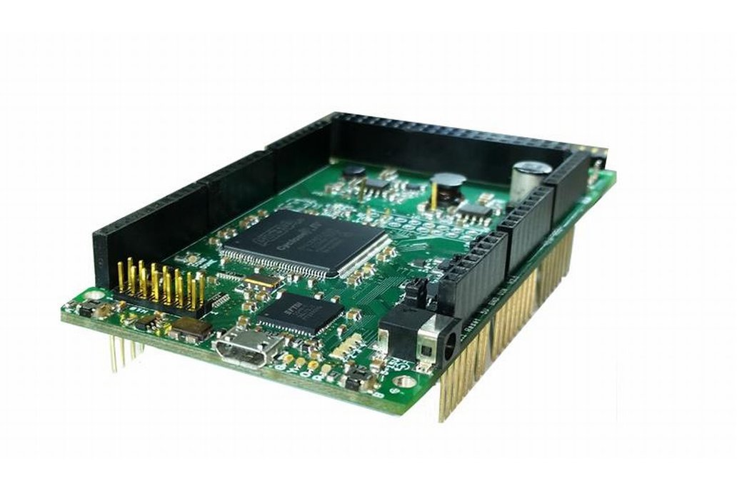 Altera Cyclone IV FPGA Development System 1
