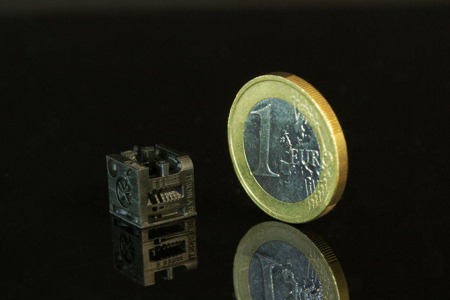 High Resolution UV resin for DLP 3D printers