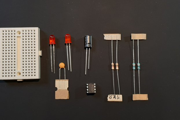555 Timer Oscillator Kit