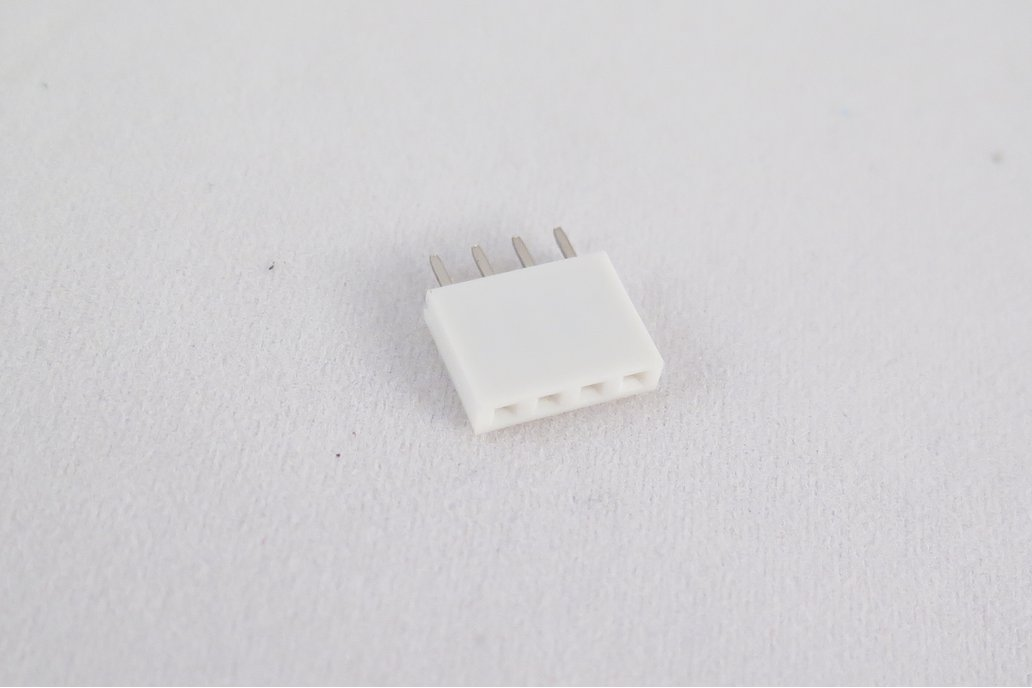 Pack of 10 white female pin headers, 4 pins 2
