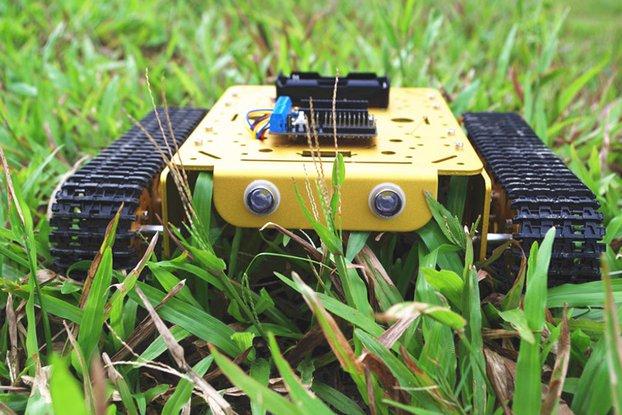 NodeMCU WiFi T200 Metal Tank Car Chassis Robot