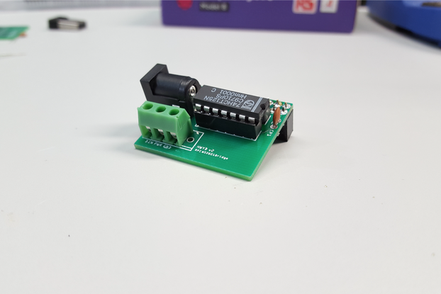 Raspberry Pi WS281X LED Shield