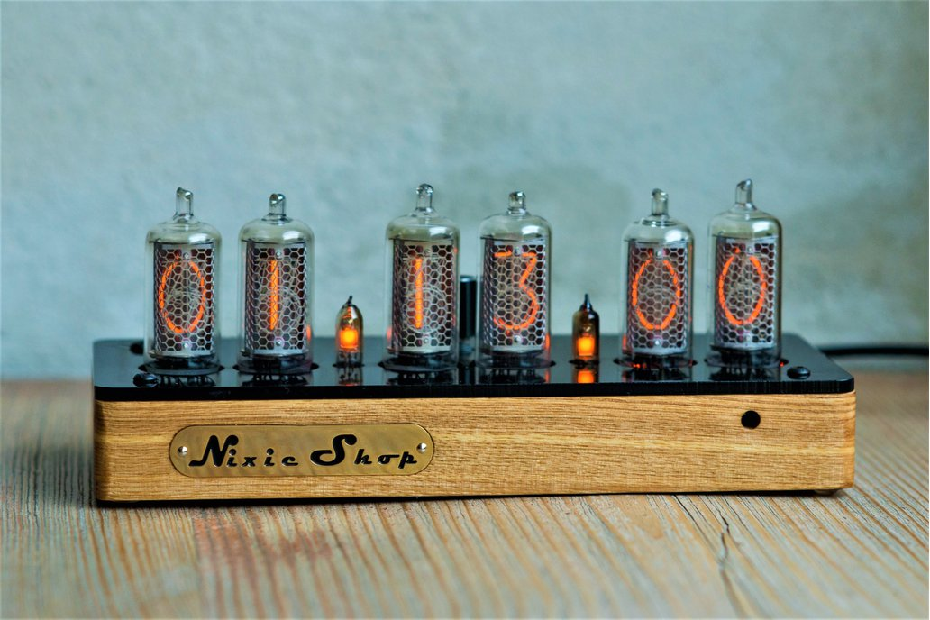 IN-14 Nixie clock in wooden case  1