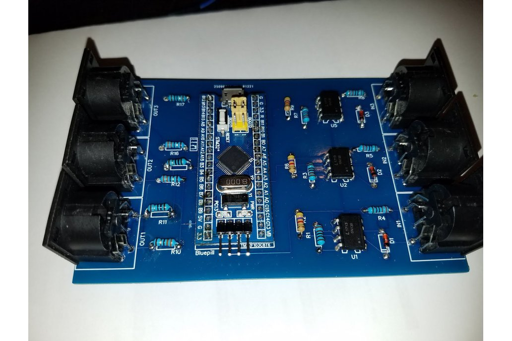 USB MIDI interface 3 I/O with routing features 1