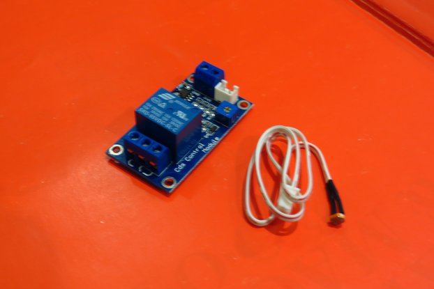 Adjustable Light Switch Relay w/ light sensor