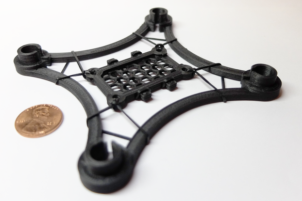 freeUAV - 3D printed carbon fiber quadcopter frame