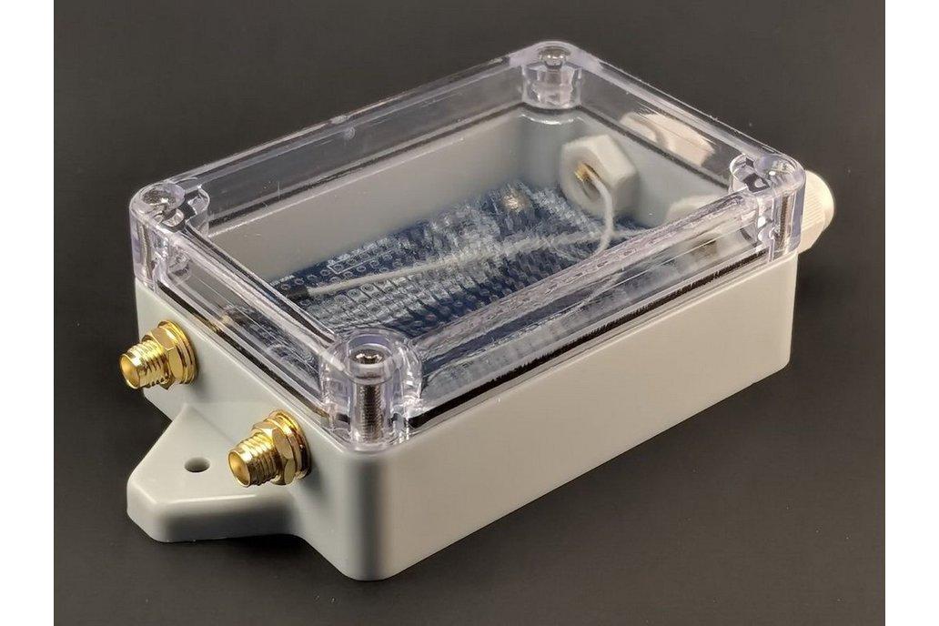 qBoxMini DIY IoT Enclosure Kit (Two SMAs) 1