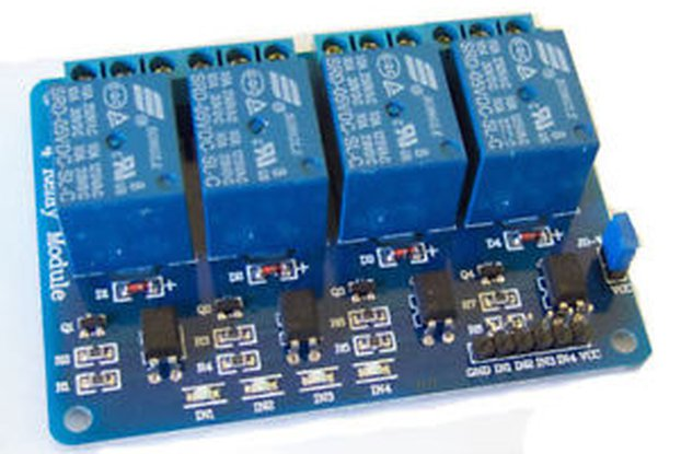 4 Channel isolated relay board