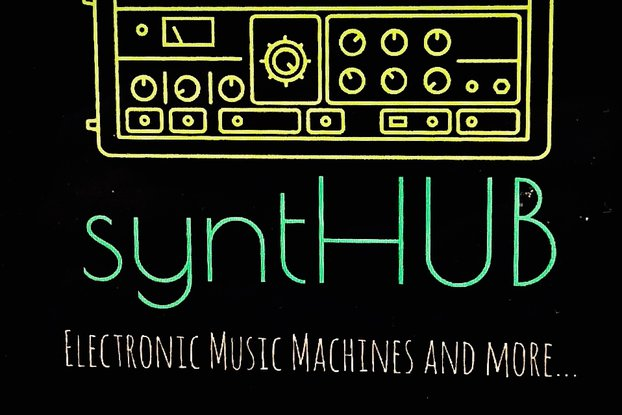 SYNTHUB