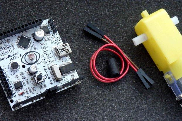 NanoBoard Scratch sensor board + geared motor +  LEGO joint tube