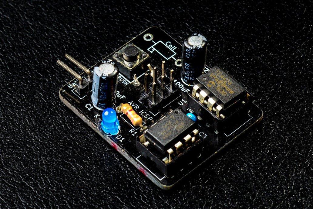 MagSpoof - Magnetic Credit Card Emulator 1
