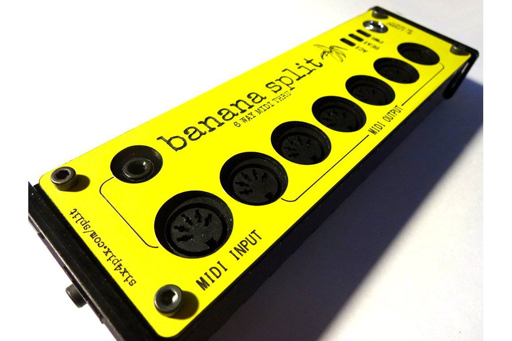 Banana Split - 6 Way Midi Splitter/Thru Box 1