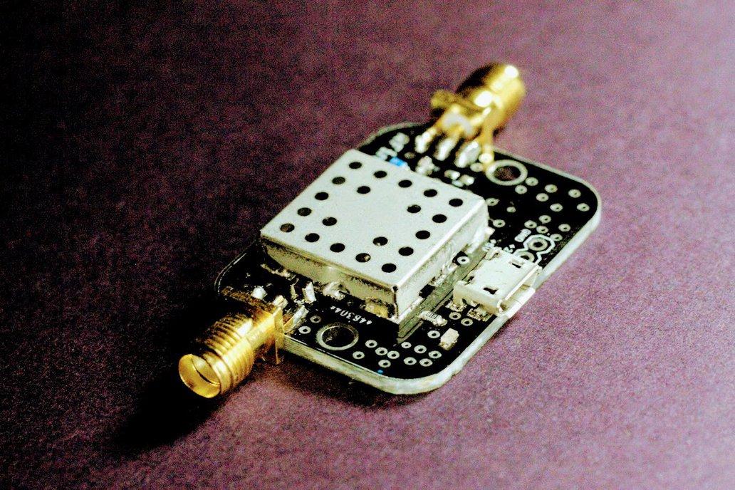 Filtered GPS L1 LNA w/ Output Bias Tee 20dB Gain 1