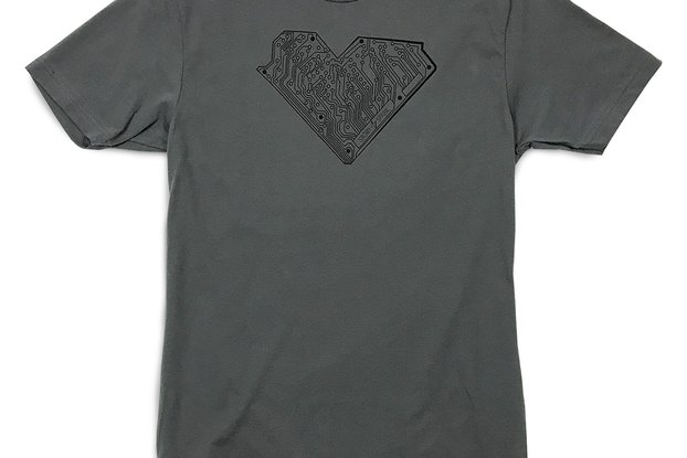 I HEART TECH - Graphic T-Shirt in Gunmetal Gray