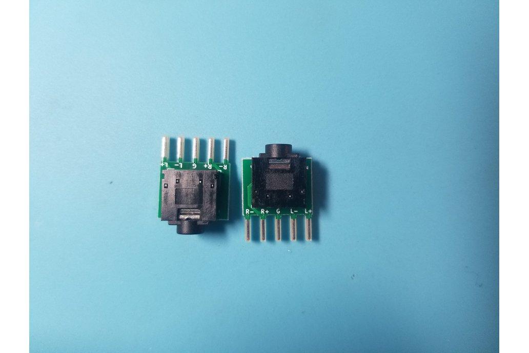 Headphone Phoenix Adapter 1
