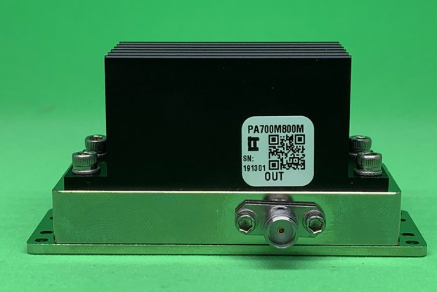 Power Amplifier 4W 700 to 3800 MHz >32dB Gain SMA