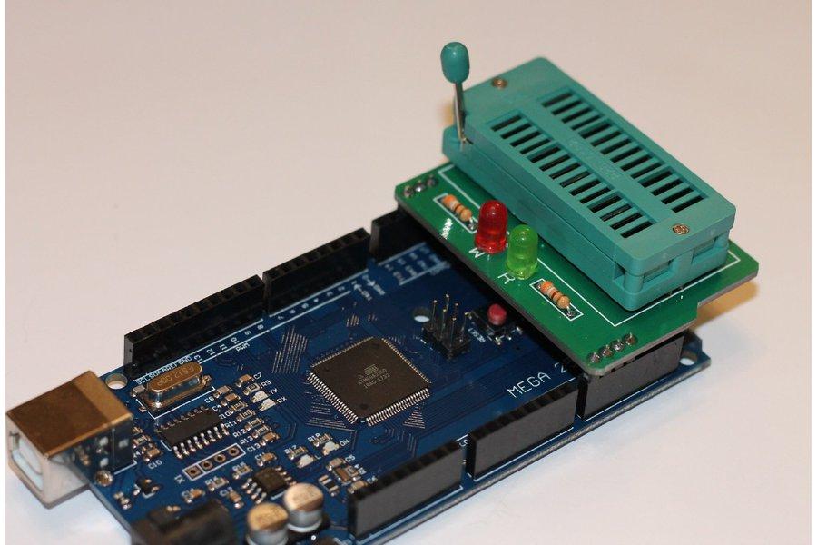 Simple EEPROM Programmer shield for Arduino Mega